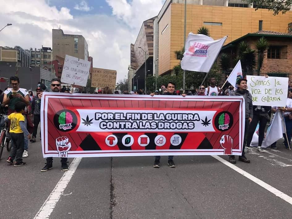 """""""Un mundo libre de drogas no es posible"""" Entrevista a Julián Quintero"""