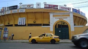 Quito, una fiesta brava sin muerte del toro!!! BRAVO!!