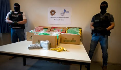 Bananos Corruptos llegán a Berlín con la carga de droga más grande desde 1999... Desde Colombia