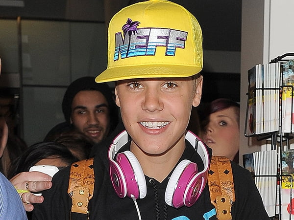 Justin Bieber aka DJ JB proximamente en los Decks...