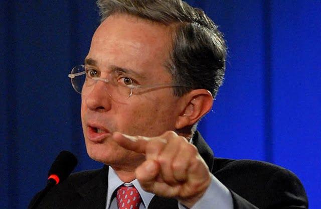 Corte Penal Internacional tras Alavaro Uribe