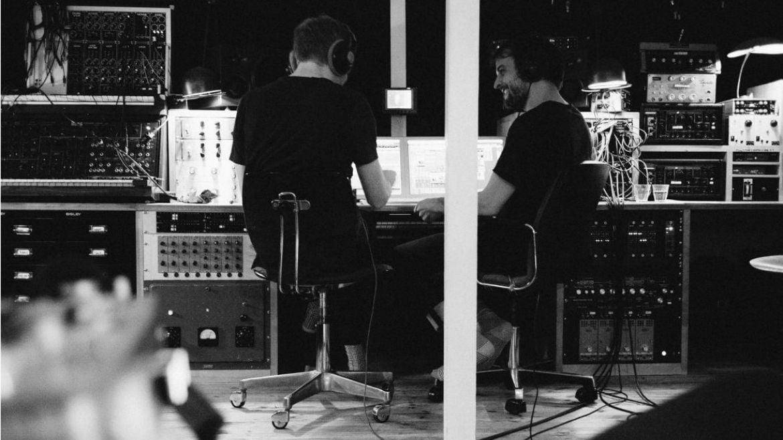 Video ( PARA VOLAR ) Trance Frendz — An evening with Ólafur Arnalds and Nils Frahm