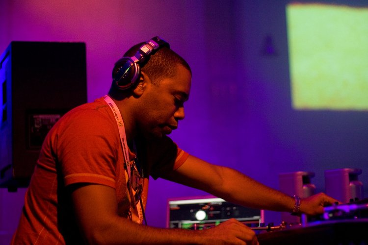 Mp3: Carl Craig Live @ 20 Years Of Planet Fucking E, Celtronic Music Festival, Derry - 01-07-2011