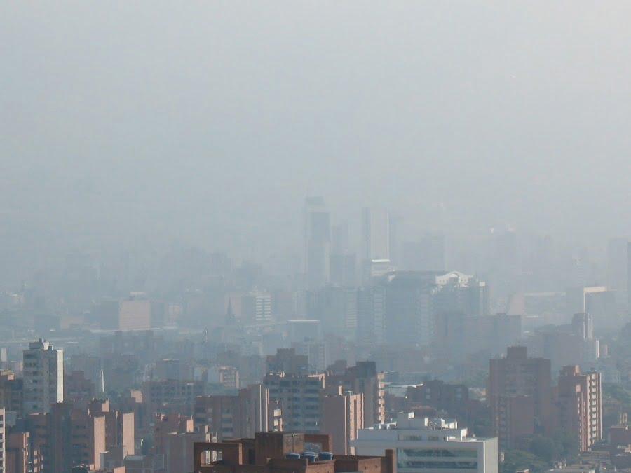 ALERTA ROJA se mantiene en Medellín por toxicidad en el AIRE #PROTOCOLOYA