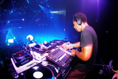 Mp3: Derrick May Live @ Rock The Block, Caprices Festival - 2011