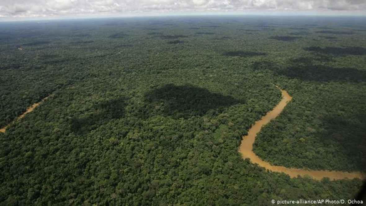 Ecuador recibe de Francia 135 millones para crisis climática