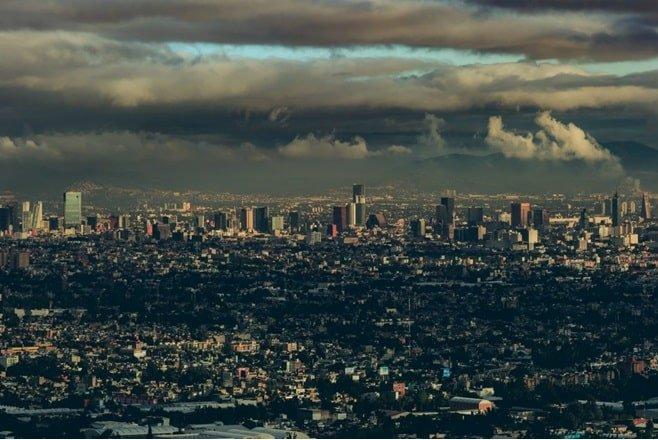 Sorprendente pero cierto: La Ciudad de México se hunde 50 cm al año debido a la extracción de agua y el daño es irreversible