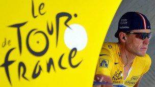 Lance Armstrong renuncia a Livestrong