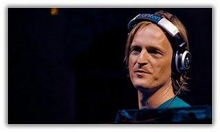 Mp3: Michel de Hey - Hey! Muzik (24-10-2011)