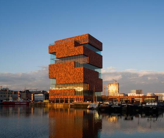 Inauguran el Museo aan de Stroom.