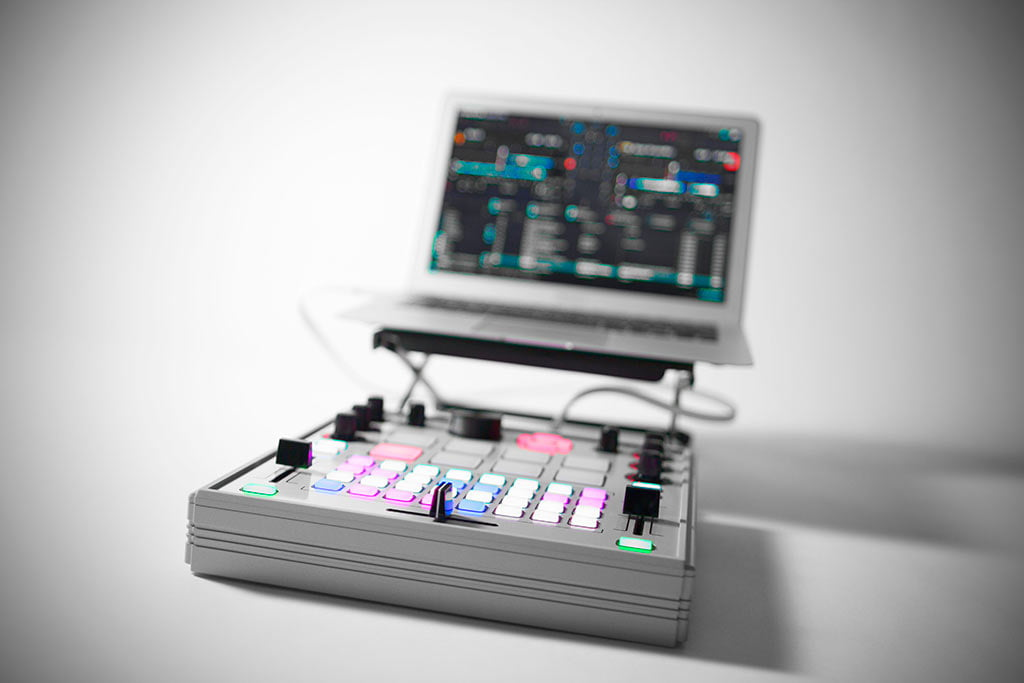 Nuevo Controlador MIDI Electrix Tweaker ya disponible