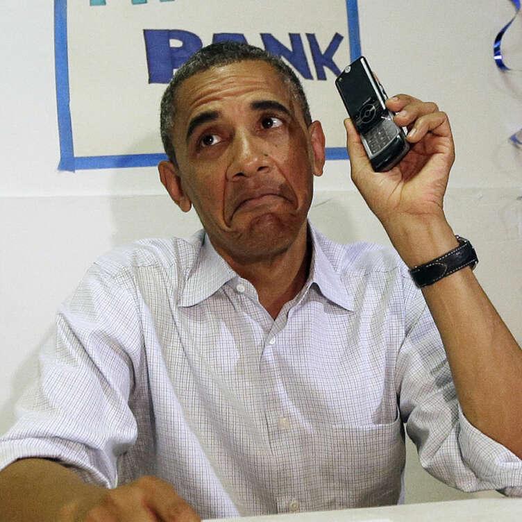 PRESIDENT OBAMA IPHONE1