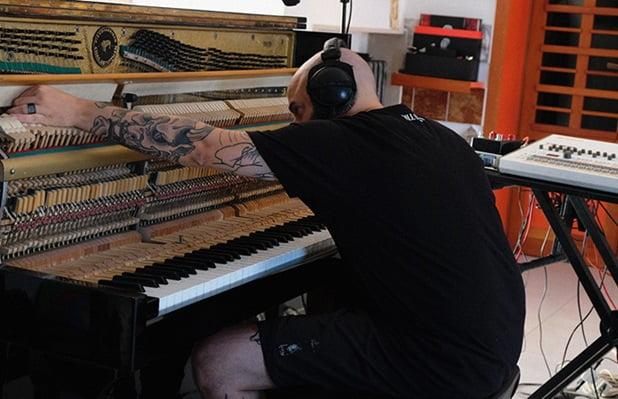 Entrevista: Raffaele Attanasio muestra su formación como pianista