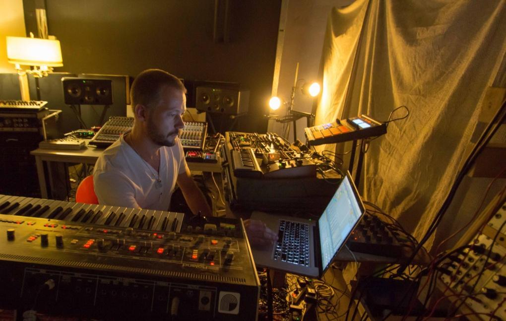 Minilogue (Sebastian Mullaert) en el portal Clubberia