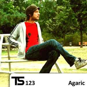 TS123_Agaric