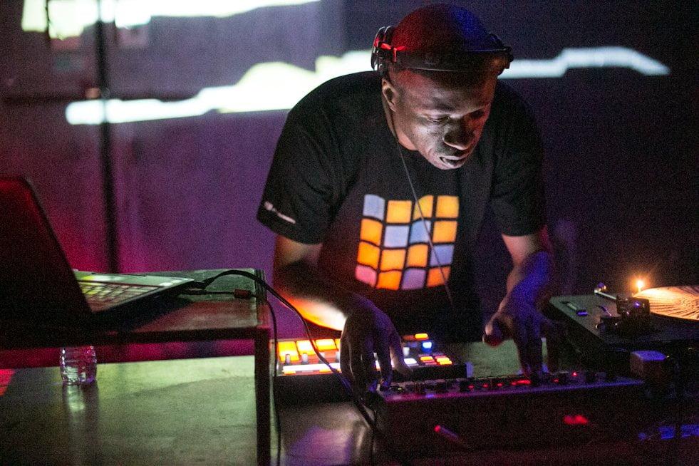 Terrence Dixon dice adiós a la música