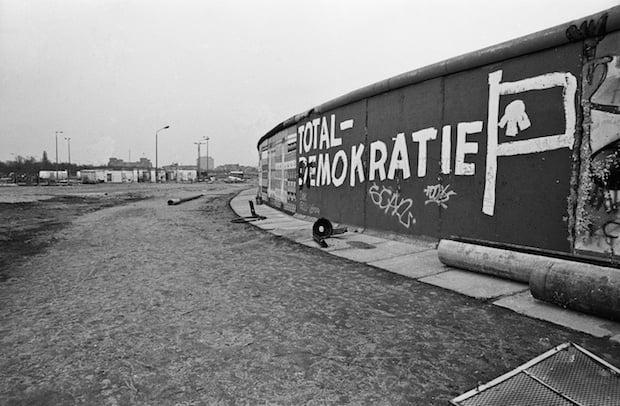 La historia de cómo el techno unificó a Berlín después de la caída del Muro