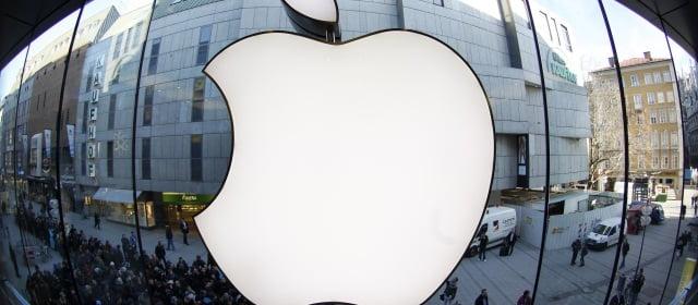 Apple: 1 millón de euros roban 4 encapuchados en la Tienda de Paris.
