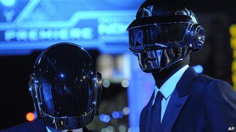 "Daft Punk rompe récords en Spotify, con ""Get Lucky"""