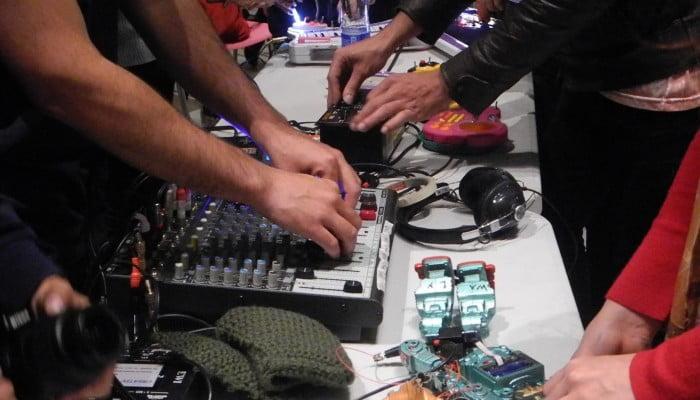 circuit-bending-700x400