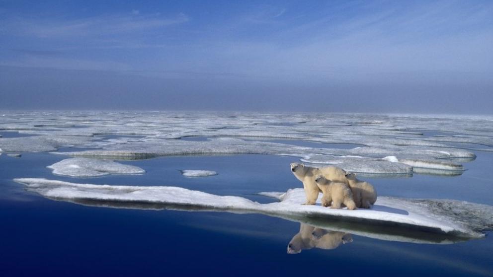 Los polos se calientan dos veces más rápido que otras regiones y los océanos 40% más que en estudios previos.
