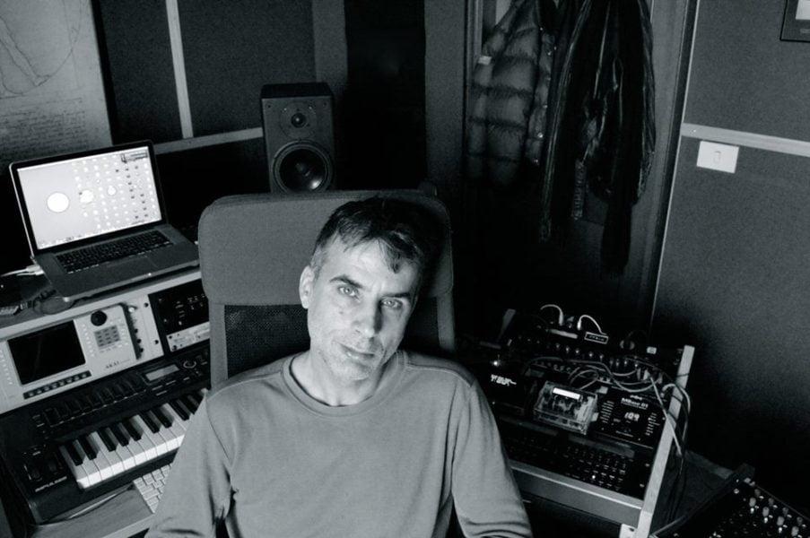 DINO SABATINI colabora en el EP OMNIFORM II con una producción cristalina.