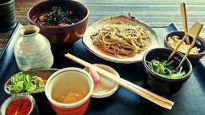El balance perfecto: Los japoneses mueren a los 100 años por comer bien