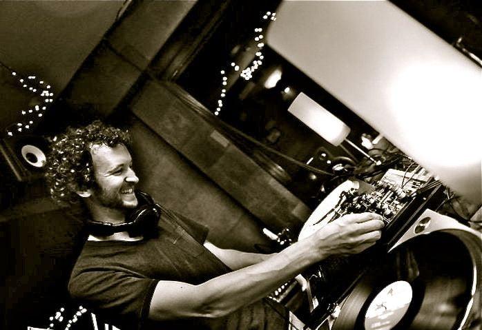 MIX DEL DIA: Eddie C Live Recording @ Flux - Beaver Works (11/12/13)