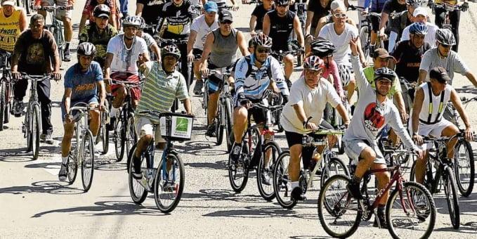 Polémica por caravanas en bicicleta en Medellín