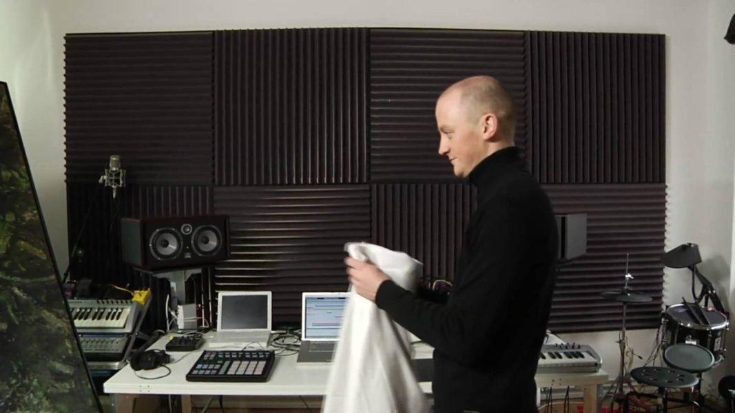 KANGDING RAY: Escucha aquí cinco pistas prodigiosas del TOP Experimental-Techno ¡Artista FDM19!