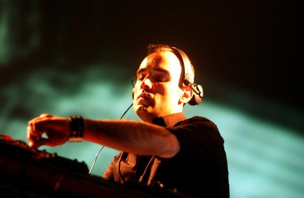 Mp3: Paco Osuna – Live @ Amnesia Ibiza Radio – 19-09-2011