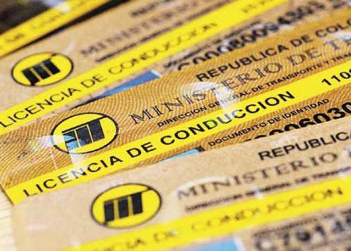 ¿A quién le toca renovar el pase en Colombia?