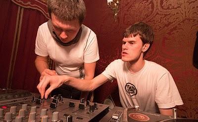 Mp3: Izhevski & Andrey Pushkarev – Cyclic Podcast Episode 007 – 04-06-2011