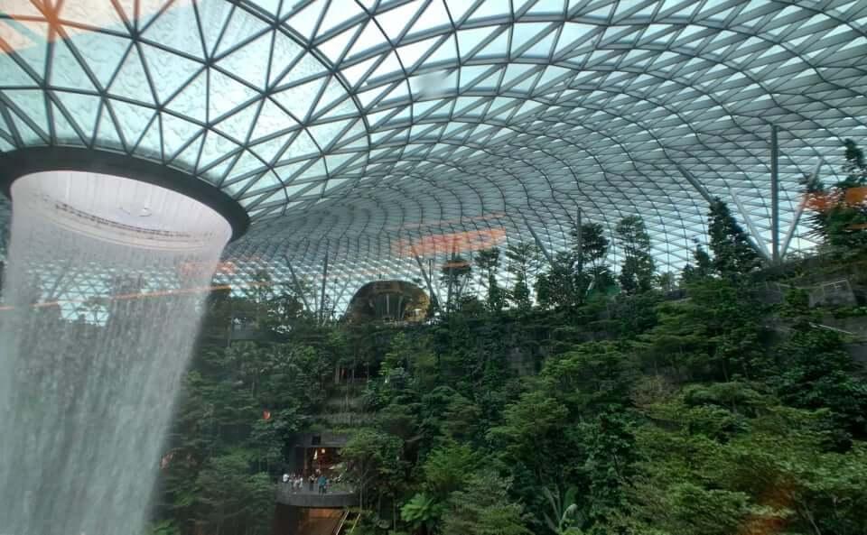 Singapur obligará a sus 5 millones de habitantes a portar un Chip