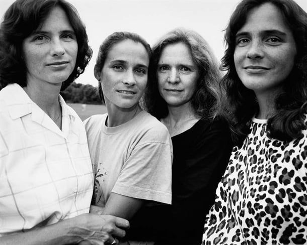 the-brown-sisters-take-photo-every-year-for-36-years-14