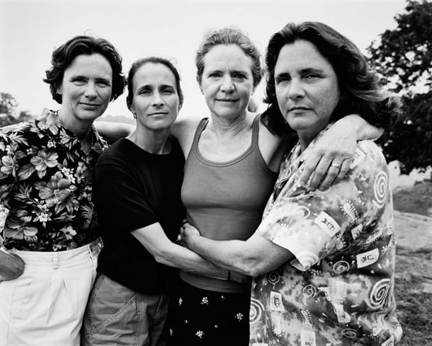 the-brown-sisters-take-photo-every-year-for-36-years-28