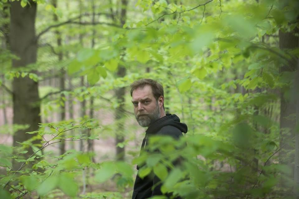 Zadig reúne sonoramente las líneas de la física y la metafísica en un EP con remix de Perc y Oscar Mulero