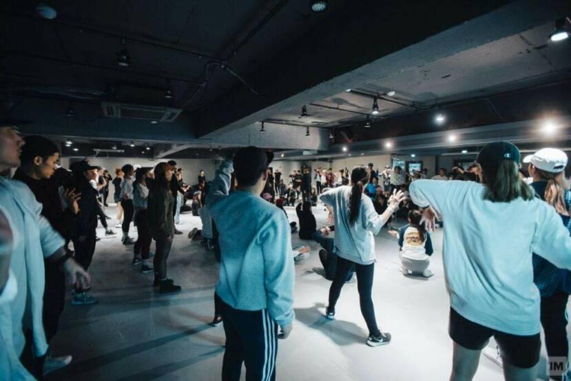 Seúl incluye prohibir la música a más de 120 BPM en los gimnasios